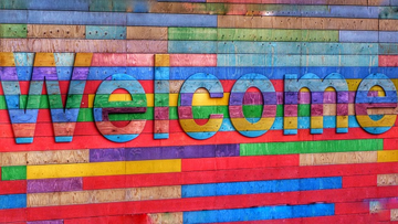 3d multi coloured Welcome sign